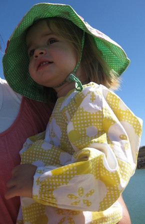 long sleeve cotton top and sun hat