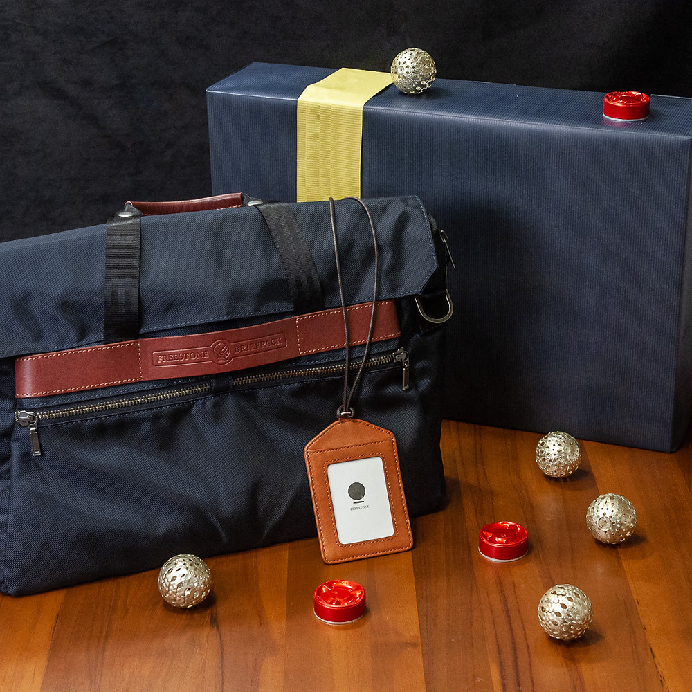 Briefpack and BH-1 leather badge holder gift bundle