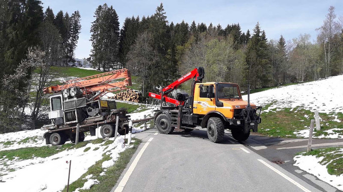 Holztransport-Unimog-1_web.jpg