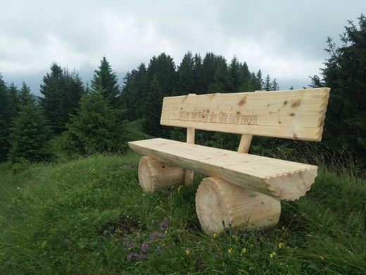 Holzbänkli-12.jpg