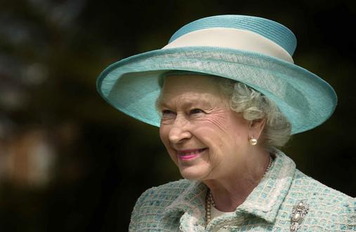 HRH The Queen001.JPG