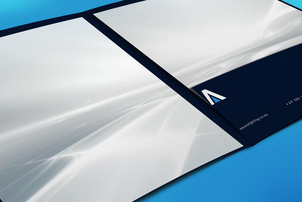 Close-Up-Folder-Mockup-PSD-Template.png