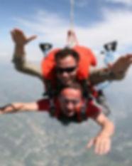 parachutisme300.jpg
