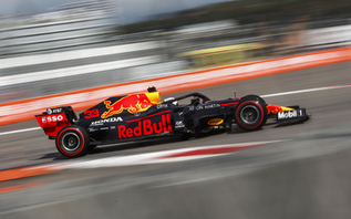 Honda to quit F1 and focus on Environmental Initiatives