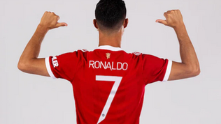 Cristiano Ronaldo: New Manchester United No 7 smashes shirt sale record and causes media frenzy