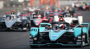 Formula E becomes first global sport to achieve a zero-carbon footprint