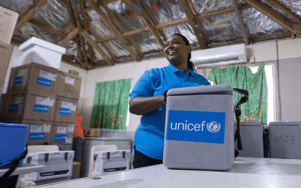 Manchester United Foundation donates £50,000 to UNICEF's VaccinAid appeal
