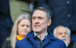 Super League executive chairman Robert Elstone to step down from post