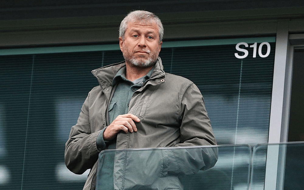 Roman Abramovich launches legal proceedings against 'false' statements in Putin's People book