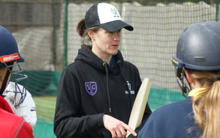 Lydia Greenway launches Girls Cricket Club