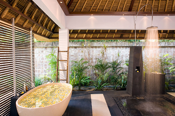 maya-retreat-master-bathroom