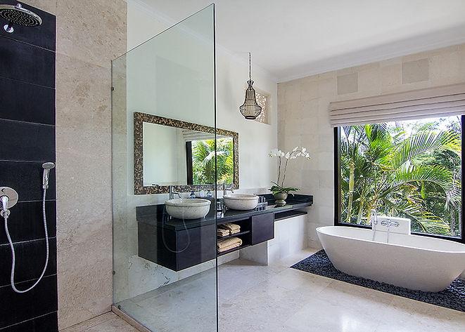 Gardenia Bathroom.jpg