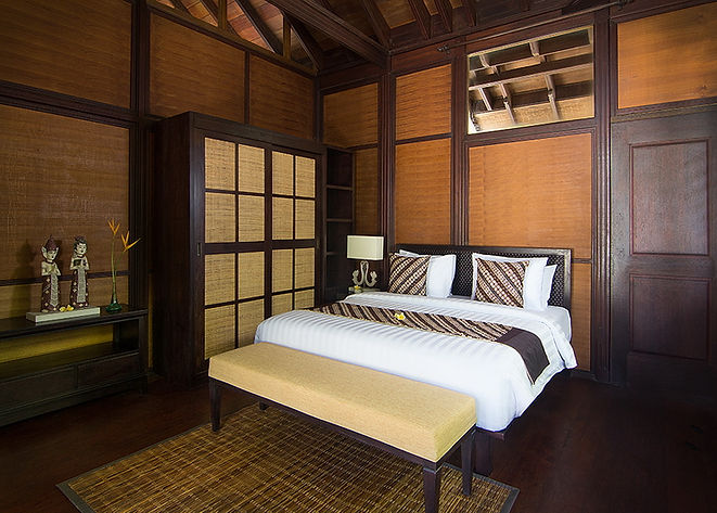 Room 7 Bedroom.jpg