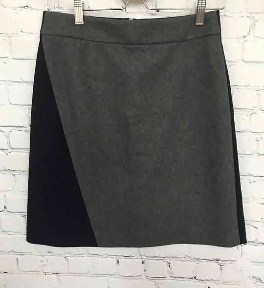 Superbe jupe deux couleurs DKNY 4 ans