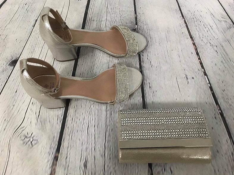 Magnifiques sandales gris argenté portées une fois 10