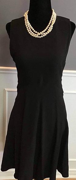 Magnifique petite robe noire S