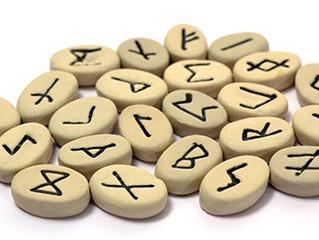 Les runes, un art divinatoire scandinave