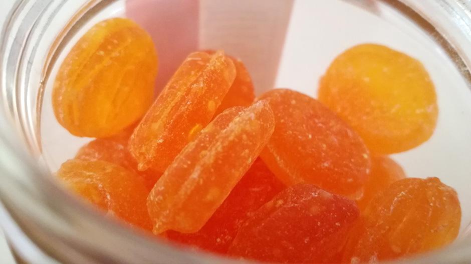 Καραμέλες πορτοκάλι Χίου, Δυο Δυο
