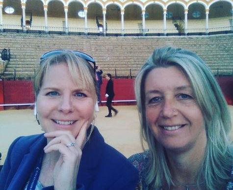 Jo and Rachel in Seville.JPG