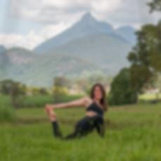Kat_pose2.jpg