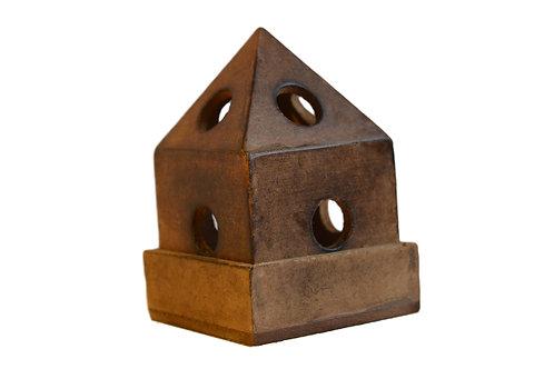 Räucherkegelhalter Pyramid Style aus Holz