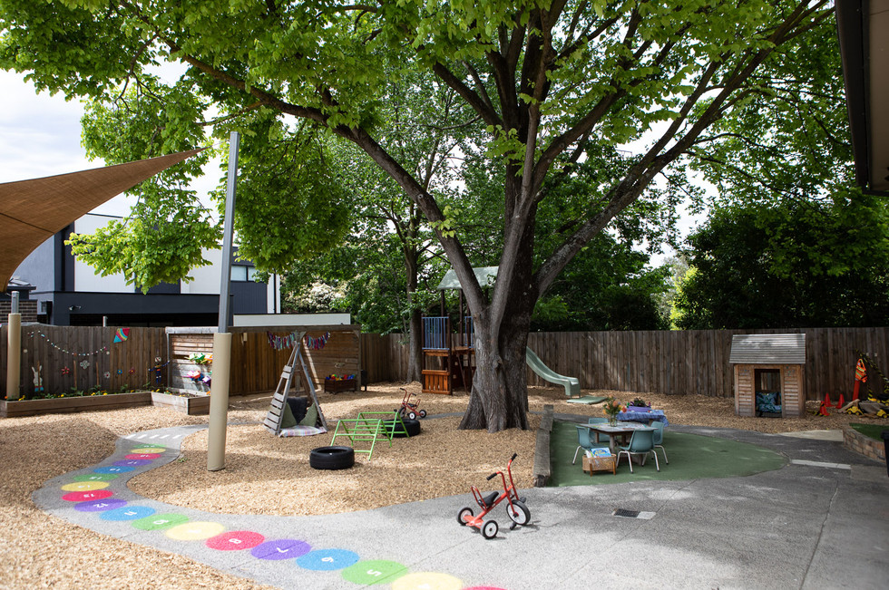 Outdoor activities at Doncaster East Daycare & Kindergarten servicing the areas of Blackburn, Mitcham and Templestowe.