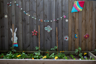 Gardening at Doncaster East Daycare servicing the areas of Blackburn, Mitcham and Templestowe.