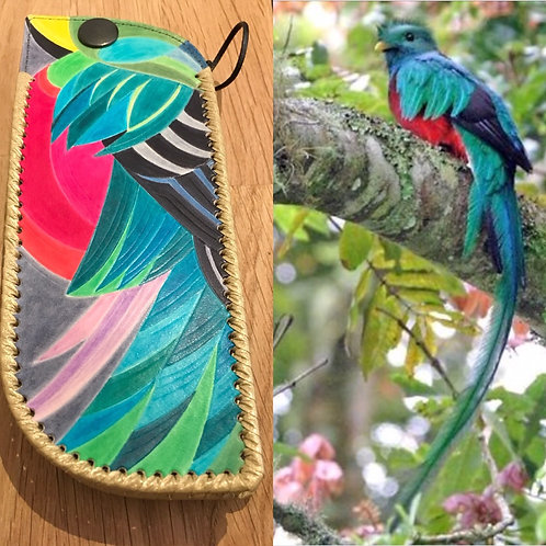 Quetzal Leather Glass Case