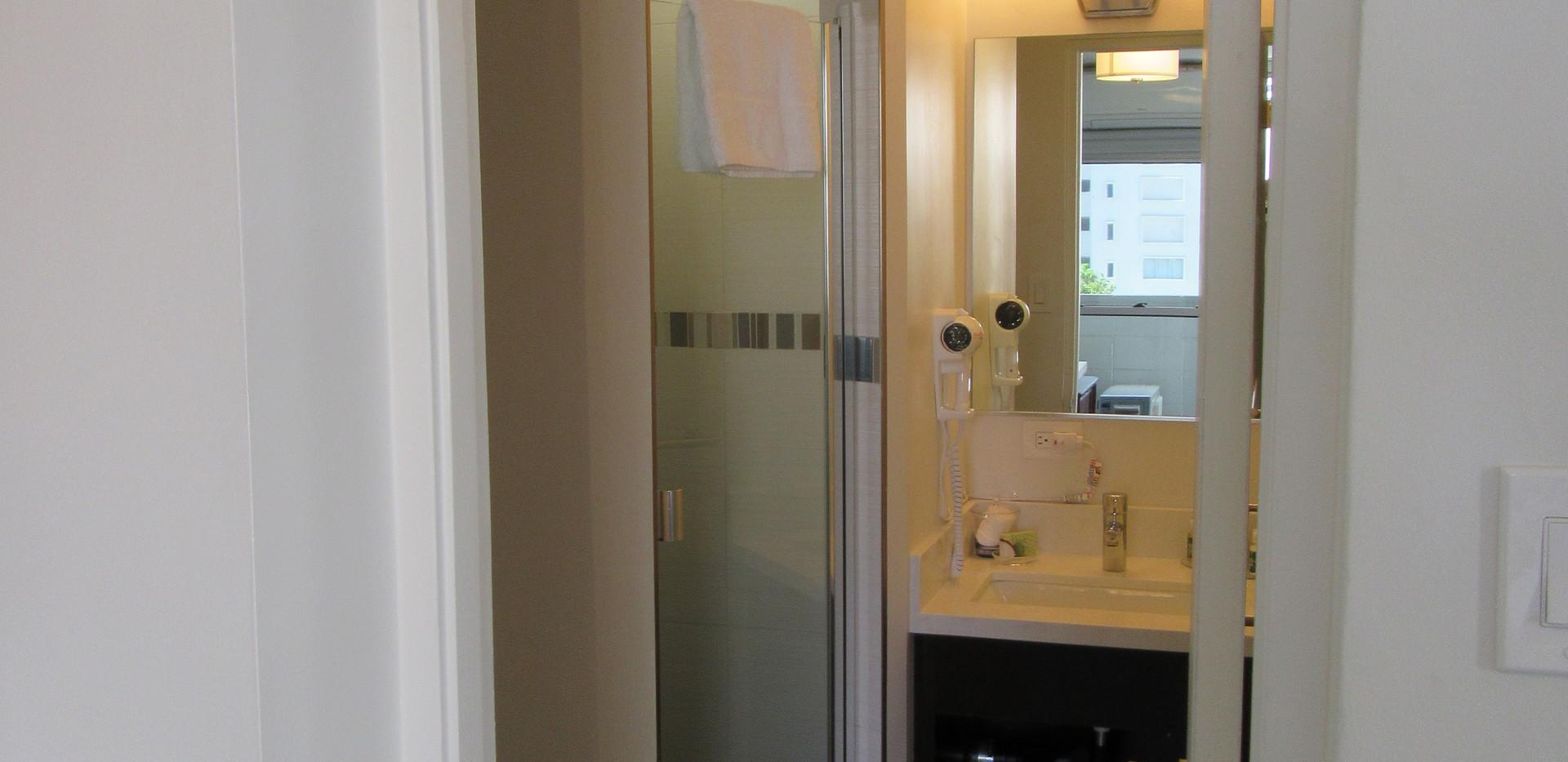 Economy Double Bed Room Bathroom