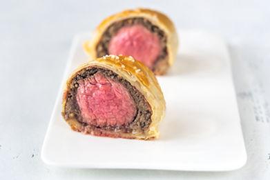 portion-of-beef-wellington-UYD666E.jpg