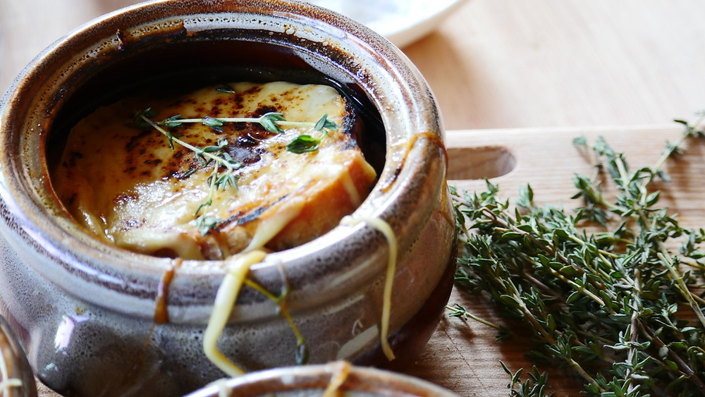 This dish is often seen as food for the poor people, this French classic 18th century dish is still popular, because it a comforting soup and it is perfect for your winter menus. It so simple and deliciously made with the beef broth and caramelised onions. French onion soup often has melted cheese crotons on top, why not with a toasties? Welsh rarebit classes as 'posh cheese on toast' it made with mustard, melted cheese and ale or milk, pair them together you will have a serious delicious, flavourful soup with oozing melted cheese.