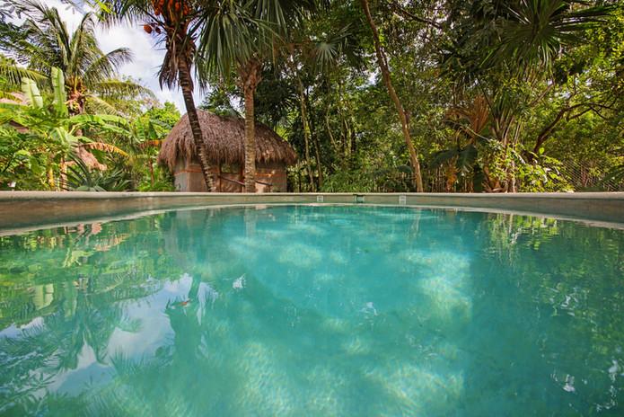 7. Pool & Cabaña.jpeg