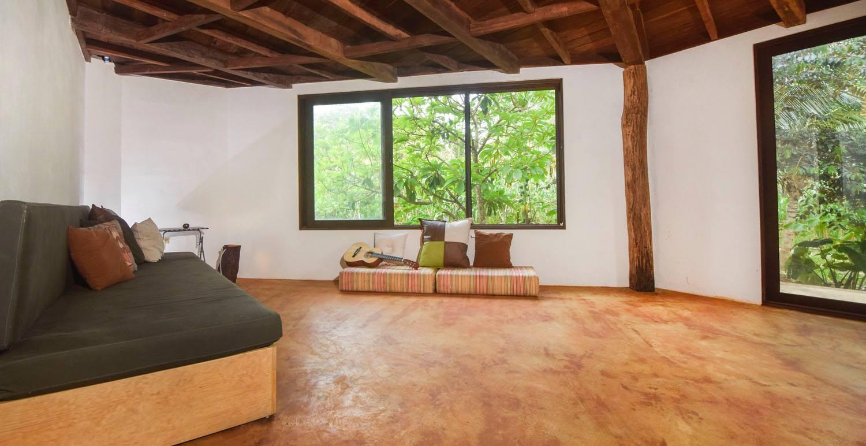 Home (2) - living room 2.jpg
