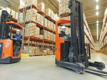 What is a Narrow Aisle Reach Truck?