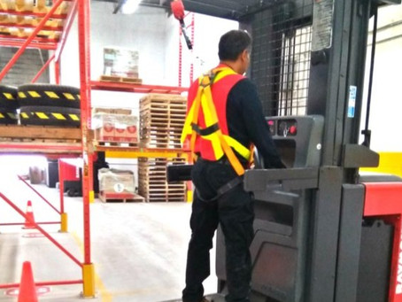 What is an Order Picker Lift Truck?