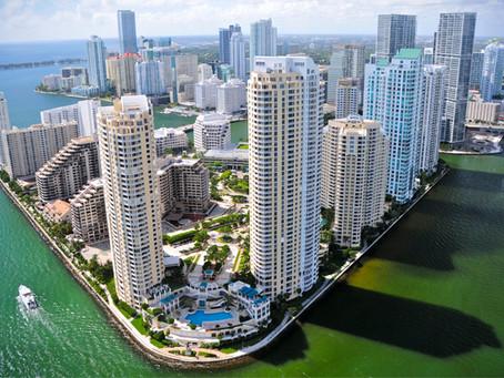 Quelque chose de très étrange se passe à Miami !
