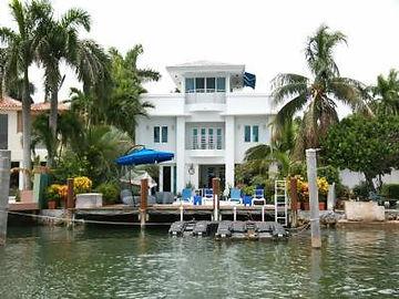immobilier a miami, acheter a miami, Investir a miami, vivre a miami, maison a vendre miami, comment acheter une maison en front de mer a Miami Beach, floride