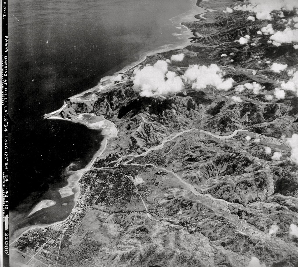 Dili from 22,000 feet, 1943