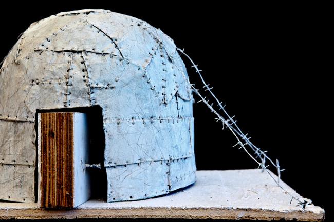 La Maison de l'Autre (II), metal+wood+acrylic, 70x70x40cms, 2012