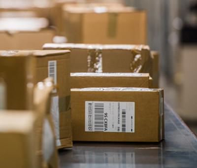 5 maneiras das pequenas empresas reduzirem os custos de envio de encomendas