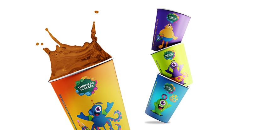 Criação de copo personalizado para parque de diversão