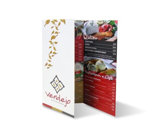 Folder-restaurante-vermelho-dourado-verd