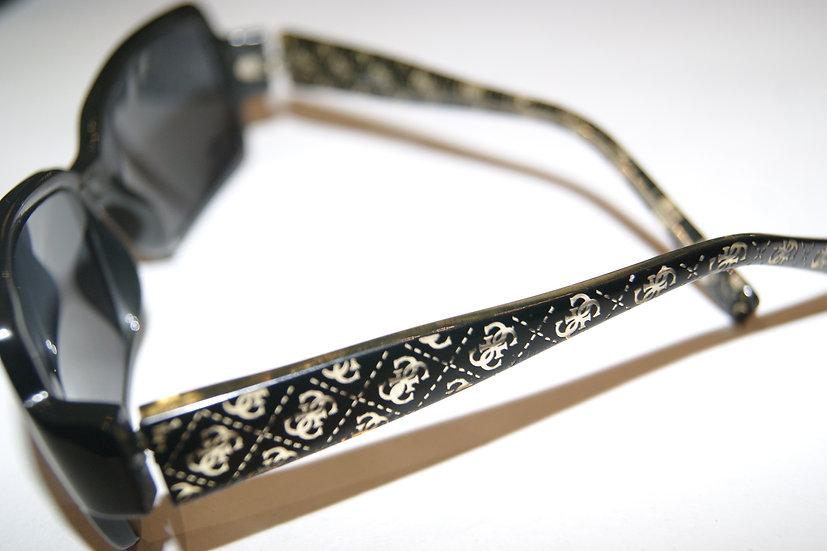 lunettes de soleil guess