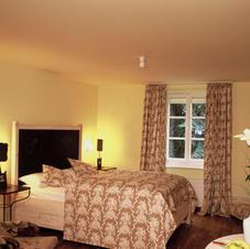 Elegante Zimmer im Gästehaus Mönchhof