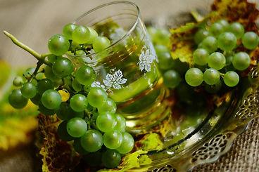 Trauben im Glas 2-3660408_1920.jpg