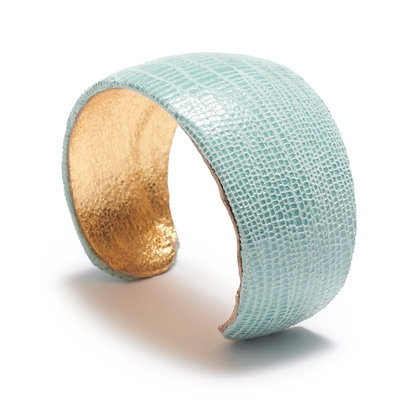 embossed leather cuff (curve)