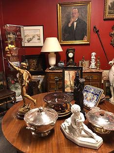 meubles et objets d'antiquité