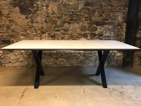 Tables hautes