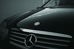 automobile-automotive-benz-129321.jpg