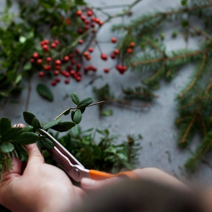 Holiday Wreath Workshop with Winter Cider & Donuts